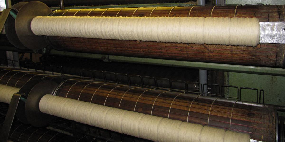 Laura's Loom, Weaving process, Spinning
