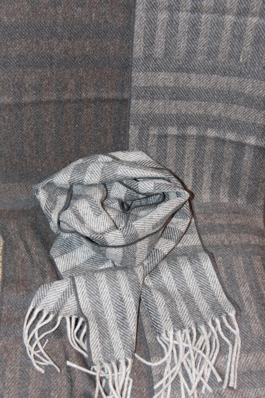 Laura's Loom, Howgill Stripe, wool, scarf, carbon black