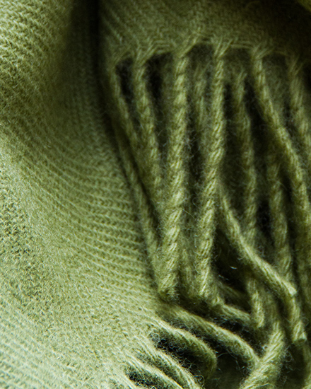 Laura's Loom, Classic Hebridean Throw, Moss
