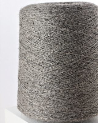 Laura's Loom, worsted spun, Dales Twist, yarn, 100% British Wool